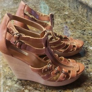 Cynthia Vincent wedges size 10